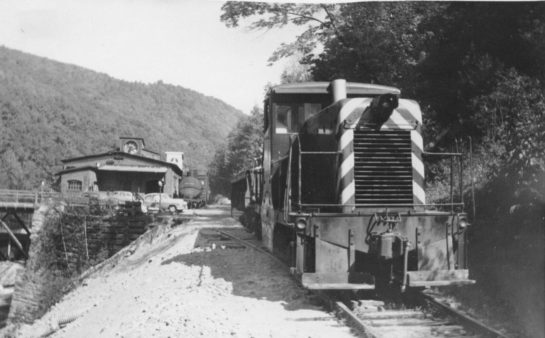 White River Junction Vt >> Saratoga & Schuylerville - 17 images- Near Saratoga, NY shown. ___ Hoosac Tunnel & Wilmington ...
